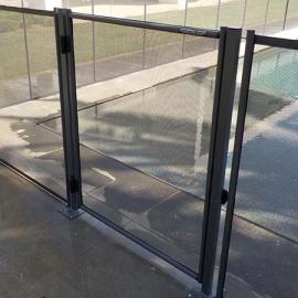Πόρτα προστατευτικού φράχτη